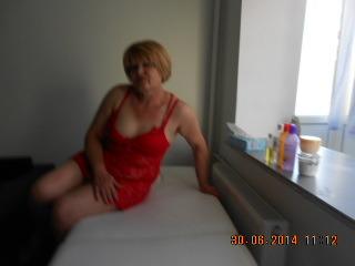 doamna matura, 43 ani