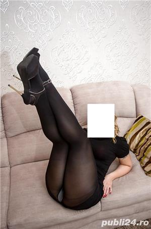 poze reale doamna cu sani mari eleganta