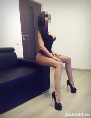 Escorte Bucuresti: Ador total !❤Caut colega urgent. 100 RON