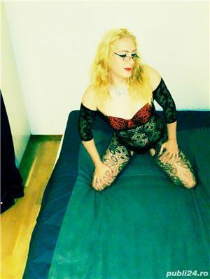 Escorte Bucuresti: Simona transexuala locatie noua apart discret stil porno si nebunii