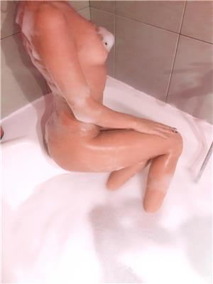 Escorte Bucuresti: Bruneta 13 septembrie monitoru oficial